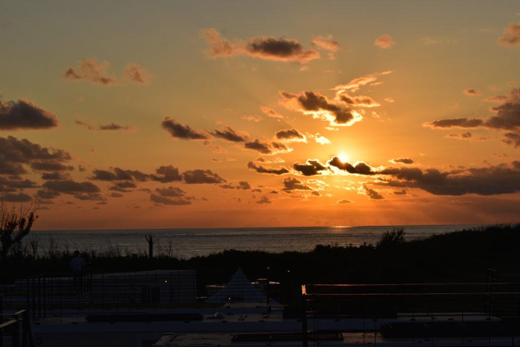 RuGu ルーフトップバルコニーから見える夕陽