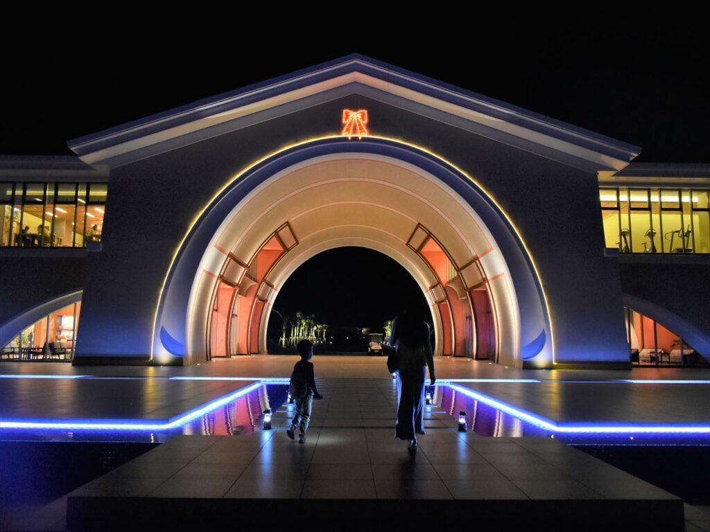 シーウッドホテル ライトアップされた竜宮ハウス_R