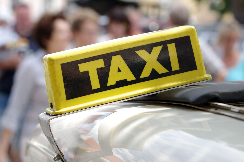 タクシーのイメージ写真