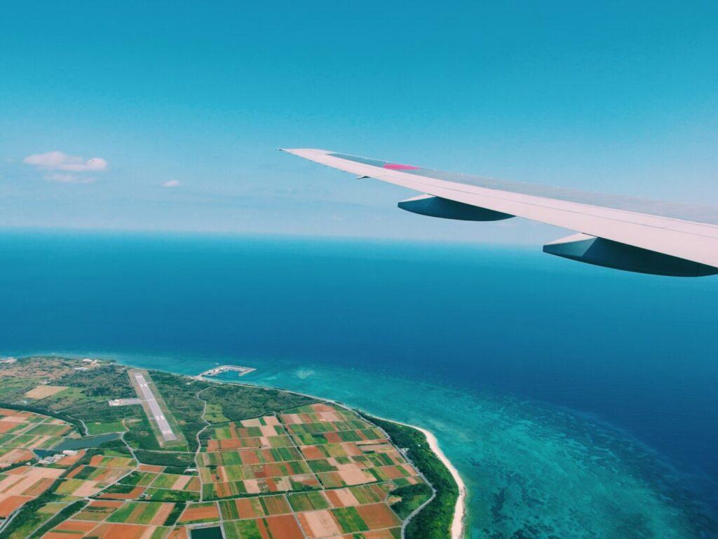 飛行機から見える沖縄離島