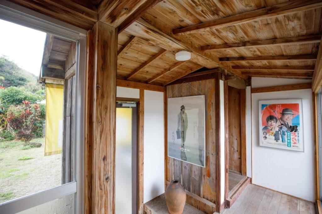 加計呂麻島「リリーの家」 内観